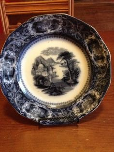 Very Fine Antique Staffordshire Flow Mulberry Transferware Plate