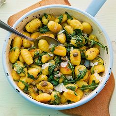 Gnocchi mit Rucolabutter - My list of the most healthy food recipes Veggie Recipes, Pasta Recipes, Vegetarian Recipes, Chicken Recipes, Cooking Recipes, Healthy Recipes, Pesto, Soul Food, Food Inspiration