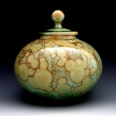 Dan Ishler - functional clay pottery and sculptural objects.