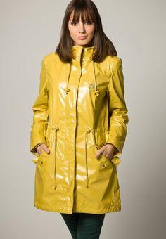 40+ Regenjacken Ideen in 2020 | regenjacke, regenmantel, jacken