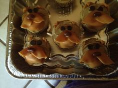 Puppy cupcakes #3-English bulldogs Puppy Cupcakes, 2 Year Old Birthday, English Bulldogs, Puppies, Breakfast, Projects, Recipes, Food, Morning Coffee