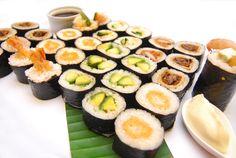 #Sushi #fingerfood #soysauce #variety #food #tasty #Kookaburra #River #Queen