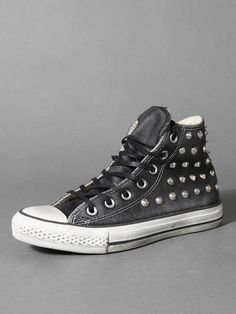 07e9cd9966e1 CONVERSE LIMITED EDITION IN LEATHER WITH STUDS Cheap Converse