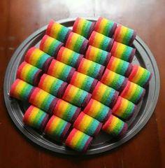 30 Resep Kue Basah Praktis dan Sederhana Indonesian Desserts, Indonesian Cuisine, Rainbow Layer Cakes, Rainbow Roll, Mini Rolls, Traditional Cakes, Cakes For Boys, Mini Cakes, Macaroons