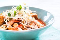Malaysian curry laksa with chicken and prawns - Recipes - Eat Well (formerly Bite) Kitchen Recipes, Cooking Recipes, Malaysian Curry, Curry Laksa, Dried Chillies, Prawn Recipes, Easy Eat, Coconut Curry, Savory Snacks