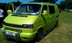 VW T4 at #camperjam. Stunning green colour. #vw #campervan #t4. Pin to see again later.