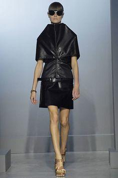 Balenciaga Spring 2007 Ready-to-Wear Fashion Show - Anouck Lepère