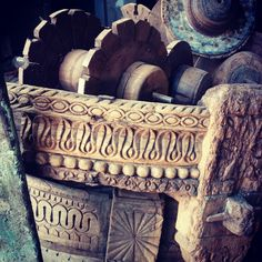 Beautiful Original Handmade Carvings on Ottoman and Candlestand. #carvings #vintage #old #original #candle #stand #base #light #fire #design #antique #ottoman #indianfurniture #random #sitting #like4like #follow4follow #instapic #retro #classic #hardwork #india #pet #bed #cushion #interiors #interior4all #interiorstyling #home #garden