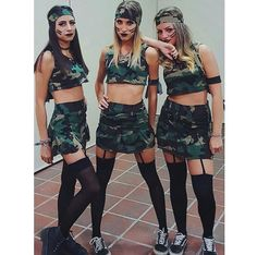 Looking for Best DIY College Halloween Costume Ideas? Get your hands on the finest Halloween costumes for college & college couple Halloween costume here. Best Friend Halloween Costumes, Cute Costumes, Halloween Outfits, Costumes For Women, Diy Halloween, Costume Ideas, Halloween Tumblr Costumes, Party Costumes, Soldier Costume