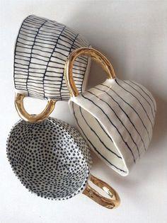 Beautiful tea or coffee cups with gilded handles . Suzanne Sullivan Ceramics | photo: umla