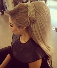 Hair extensions and wigs are haram Permed Hairstyles, Bride Hairstyles, Trendy Hairstyles, Poofy Hair, Big Hair, Rebonded Hair, Hair Upstyles, Hair Extensions Best, Pinterest Hair