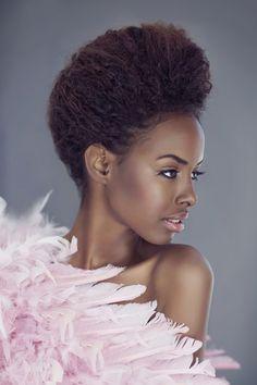 sidibeauty:  http://sidibeauty.blogspot.com.es/   New Face- Somali model from Denmark Nadri  Photo: Christina Greve