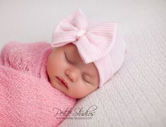 Hospital Newborn hat Newborn baby girl beanie with bow pink Newborn Hat newborn Coming home hat Baby Girl Hospital Hat Newborn Girl Hat Newborn Girl Outfits, Baby Girl Newborn, Baby Girls, Toddler Girls, Boy Outfits, Baby Pink Clothes, Babies Clothes, Baby Girl Beanies, Newborn Beanie