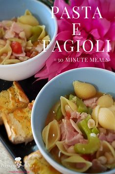 Pasta e Fagioli - a healthy, hearty and wholesome traditional Italian soup. #30minutemeals #dinner #recipes #soup #cleaneating #healthy