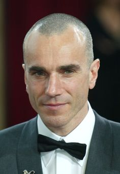 Daniel Day Lewis Gray Spiky Hair daniel day-lewis, man of great srppisl - Hair Styles Best Hairstyles For Older Men, Buzz Cut Hairstyles, Cool Hairstyles, Hairstyles For Balding Men, Buzz Cut For Men, Buzz Cuts, Bald Men Style, Shaving Your Head, Celebrity Haircuts