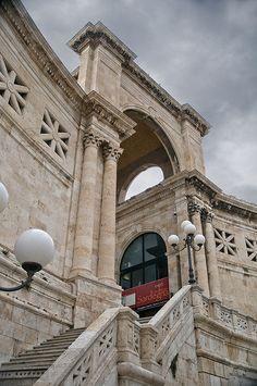 Scalinata del Bastione Cagliari, Bastione di Saint Remy #Cagliari #sardinia #italy