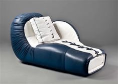 View Chaiselongue Boxhandschuh model DS 2878 by De Sede on artnet. Browse upcoming and past auction lots by De Sede. Funky Furniture, Modern Kitchen Design, Bean Bag Chair, Sofa, Kids, Home Decor, Style, Boxing Gloves, Young Children