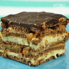 Domowe ciasto Snickers bez pieczenia | Popularne.pl - #bez #ciasto #domowe #pieczenia #popularne #Popularnepl #snickers