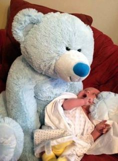 """""""Mommy, save me from the giant bear!!!"""""""