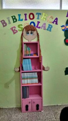 TIPS DE ACTIVIDADES PARA TU GRUPO ESCOLAR: Mueble de biblioteca de aula Class Decoration, School Decorations, Decor Crafts, Diy And Crafts, Crafts For Kids, Classroom Organization, Classroom Decor, Diy Projects To Decorate Your Room, Baby Shower Photo Booth