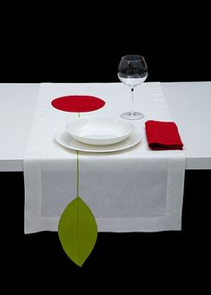 RUNNER CHERRY - Red chartreuse