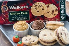 Pumpkin Spice Cream Cheese Frosting & Mocha Frosting {Shortbread Cookie Sandwiches}