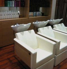 Pin by idea friseureinrichtungen on salons idea for 27 hampton salon