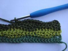 This lovely pattern creates a softly undulating wavy stripe using three basic crochet stitches. Crochet Wave Pattern, Christmas Crochet Patterns, Crochet Blocks, Granny Square Crochet Pattern, Crochet Stitches Patterns, Scrap Yarn Crochet, Plaid Crochet, Crochet For Beginners Blanket, Crochet Basics