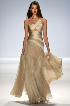 Carlos Miele Spring-Summer 2013 ---i would totally get married in this