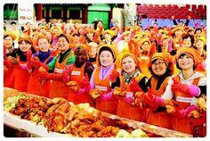 국제위러브유운동본부(장길자회장) 외국인들과 함께하는 사랑의 김장김치