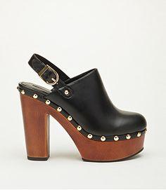 faux leather platform clogs trend for spring Clogs Shoes, Shoe Boots, Shoes Heels, Pumps, Shoe Bag, Cute Shoes, Me Too Shoes, Jeans Skinny, Vintage Shoes