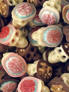 Amazing chocolate skulls by Ruth & Sira