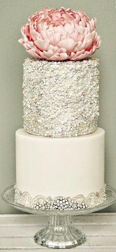 Wedding Cake - love this with out the flower