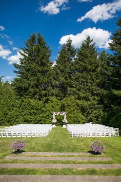 It is not hard to see why this couple fell in love with Miller Lash House -- Beautiful tall trees (check out the dramatic ceremony backdrop!), gorgeous open meadows, and spaces offering lots of cre. Ceremony Backdrop, Wedding Inspiration, Wedding Ideas, Beautiful Homes, Backdrops, Lashes, Wedding Decorations, Floral, Pictures