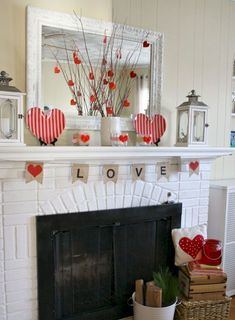 Cool 30 Adorable Valentine Home Decor Ideas https://homeylife.com/30-adorable-valentine-home-decor-ideas/