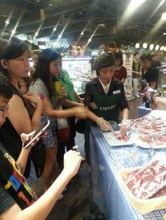 """Cata en Hong Kong, Ampliando Fronteras: descubriendo un manjar """"exótico"""" para ellos"""