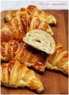 Croissants gonflés, feuilletés, fondants, développés, parfumés | Rdv aux mignardises