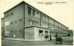 Antwerpen-Kiel - Schoolgebouw Willem Eekelers - Abdijstraat Bauhaus, Brussel, Louvre, Modernism, Building, Travel, Italia, Kiel, Modern Architecture