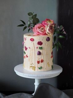 fancy wedding cakes a+r signature floral buttercream work + fresh florals Pretty Birthday Cakes, Pretty Cakes, Cute Cakes, Beautiful Wedding Cakes, Beautiful Cakes, Amazing Cakes, Painted Cakes, Elegant Cakes, Floral Cake