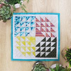 "Switch it up with geometric bold prints that will add some versatility to your quilt! ✨ Taking two quilt blocks but using the same fabric prints, we wanted to show how much you can change the look of a quilt whether you choose to make a more modern quilt block like our ""Windmill"" block or a traditional quilt block like the ""Granny Square""."