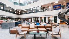 WeWork Platina Tower Coworking Space in MG Road Gurgaon Coworking Paris, Coworking Space, Modern Courtyard, Courtyard House, Interior Design Jobs, Dog House Plans, Nanjing, Common Area, Fashion Room
