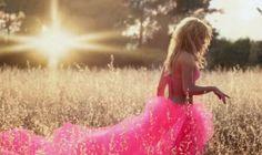 Agora é Oficial: Shakira Registra Música na BMI http://evpo.st/1dfZ5is