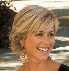 Short Hairstyles - I'm going blond. Letting my hair grow a little. by artwear
