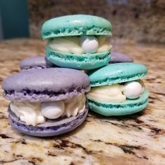 We really and truly can't get enough macarons, and the more magical the better. Enter the mermaid macaron. We first saw them in this hipster Little Mermaid Pirate Birthday Cake, Mermaid Birthday Cakes, Mermaid Cakes, Pirate Party, 15th Birthday Party Ideas, Unicorn Birthday Parties, Unicorn Party, Macarons, Macaron Cookies