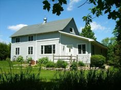The Four Seasons Barn House - Destination of the Day | FIDO Friendly