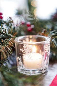 DIY Holiday Tablescape Project Ideas: How to Apply Heat Transfer Vinyl on Cotton Napkins and Adhesive Vinyl on Glass Votives Christmas Vinyl, Best Christmas Cookies, Christmas Crafts, Vinyl Crafts, Vinyl Projects, Paper Crafts, Christmas Table Decorations, Holiday Tablescape, Holiday Decor