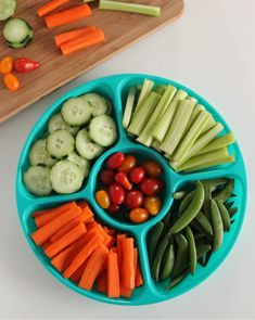 keep a ready-made vegetable tray in the fridge to encourage veggie eating // make and takes