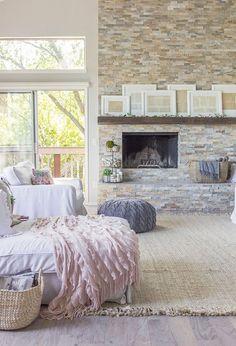 Light & bright pastel living room ideas / Modern Farmhouse Spring Home Tour from Jenna Sue Design blog