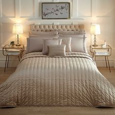 Hotel Collection Velvet Latte Bedspread by Kaleidoscope Bed Sheets Online, Cheap Bed Sheets, Metallic Colors, Bed Spreads, Luxury Bedding, Space Saving, Bedding Sets, Latte, Comforters