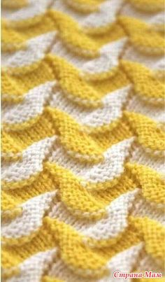 """Искать узор """"Try with any stitch pattern that undulates."""", """"Maybe a higher contrast. Deep blue and cream? Baby Knitting Patterns, Knitting Charts, Lace Knitting, Knitting Designs, Knitting Stitches, Fabric Patterns, Crochet Lace, Stitch Patterns, Crochet Patterns"""